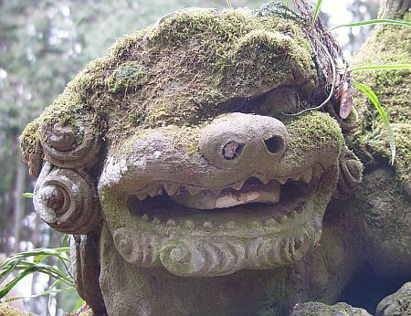 鐘鋳神社 阿の顔