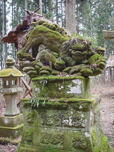 鐘鋳神社 吽